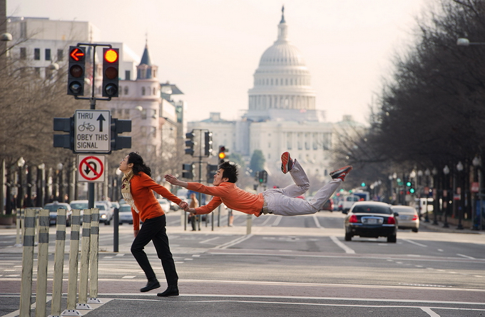 DancersAmongUs01 (680x444, 294Kb)