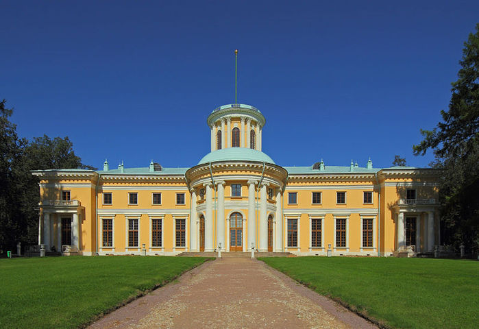 800px-Arkhangelskoe_Estate_Aug2012_buildings_03 (700x480, 67Kb)