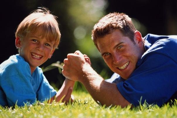 отец и сын (604x402, 67Kb)
