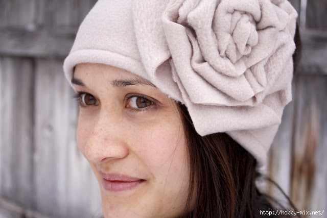 tan rose ear warmer (2) (640x427, 134Kb)