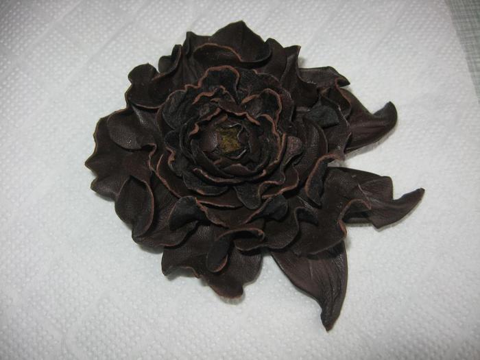 Цветы из кожи и меха своими руками