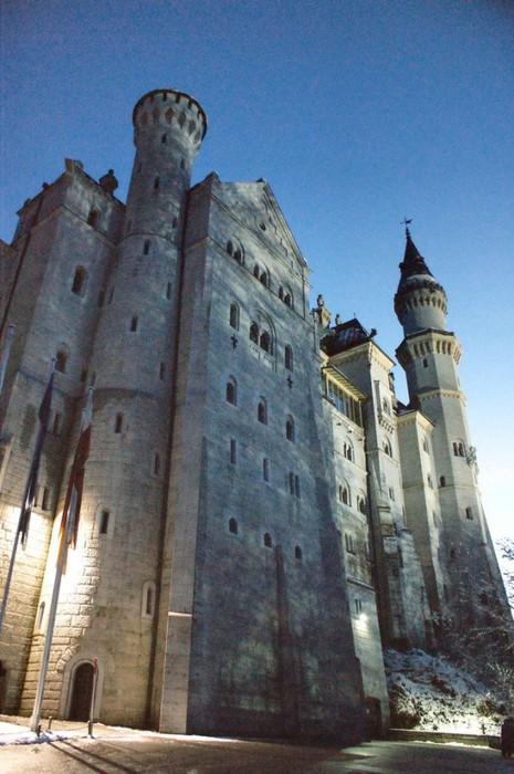 замок Нойшванштайн в Швангау, Германия- 11 (465x700, 94Kb)
