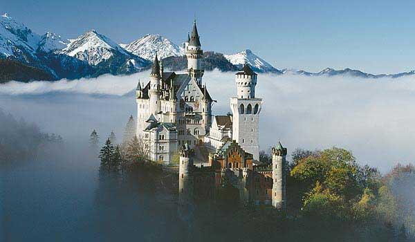 замок Нойшванштайн в Швангау, Германия- 29 (600x350, 26Kb)