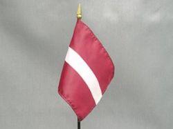 Флаг Латвии (250x187, 5Kb)