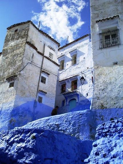 В голубом этот город всплыл, Чистота или утро в нем. 66374