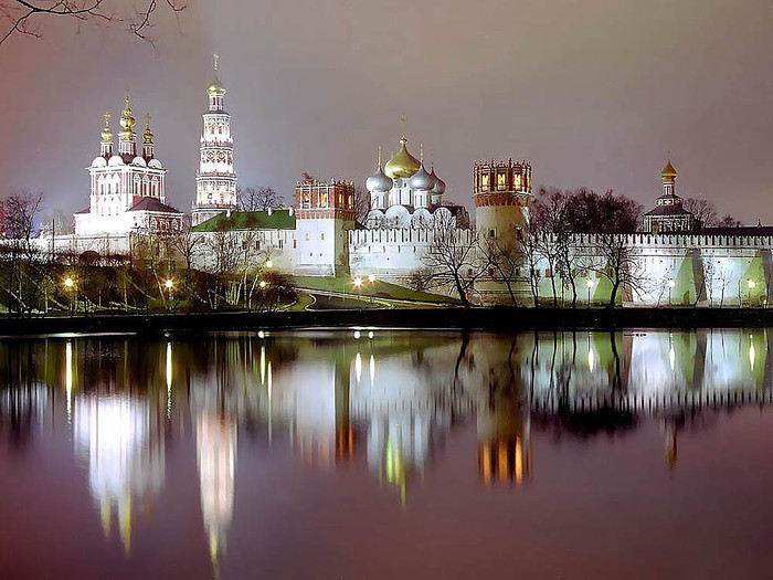 3925311_Novodevichii_monastir_na_zakate (700x525, 119Kb)