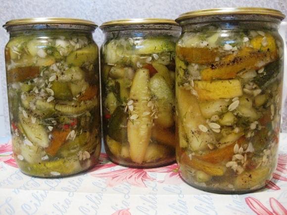 Как сделать салат на зиму из переросших огурцов на зиму
