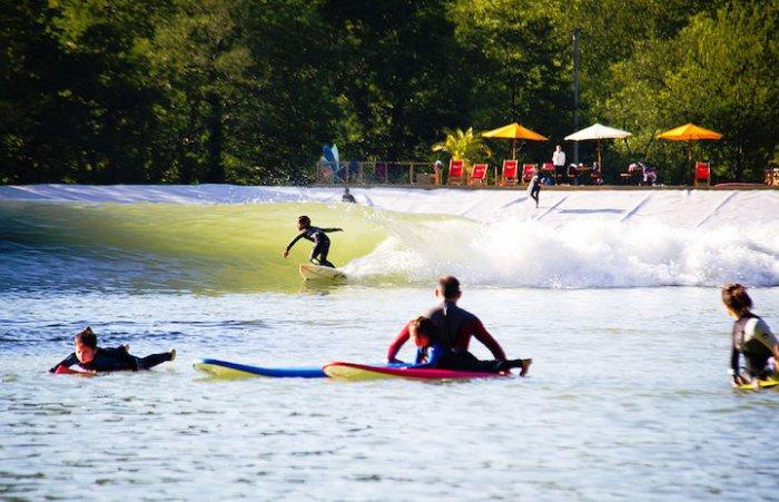 серфинг парк Surf Snowdonia 2 (700x451, 289Kb)