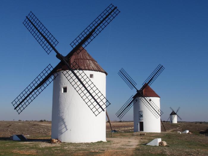 Ветряные мельницы Ла Манча фото 4 (700x525, 386Kb)