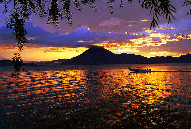lake_atitlan (640x434, 462Kb)