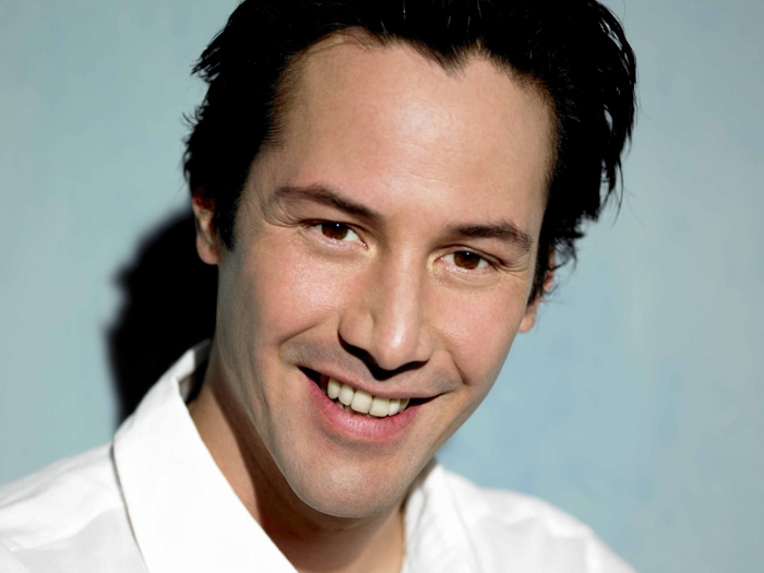 4208855_keanu_reeves_1 (700x525, 163Kb)