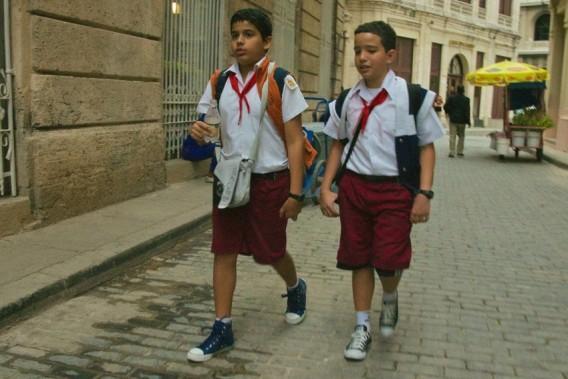 Как выглядит школьная форма в разных странах мира