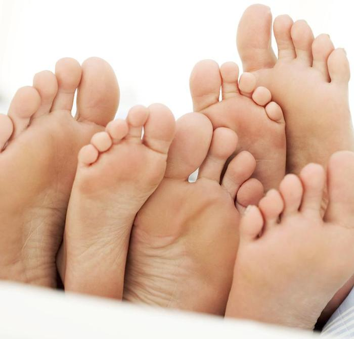 feet 2 (700x671, 32Kb)
