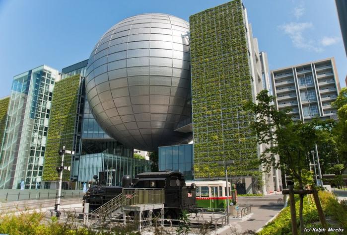 планетарий в город нагоя япония 2 (700x473, 400Kb)