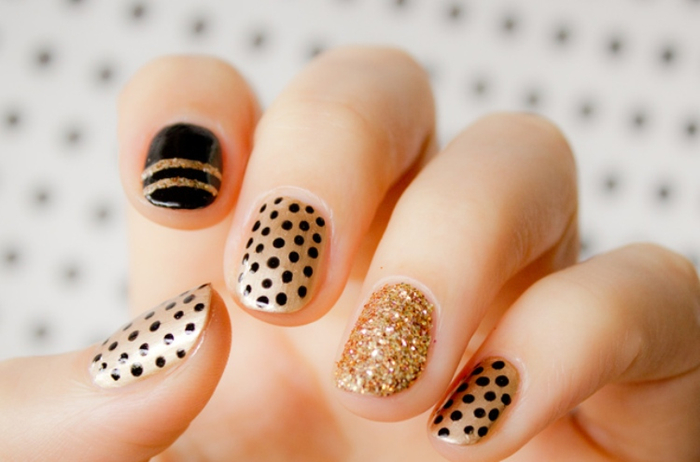 Easy-Nail-Art-for-Beginners-Some-Ideas-2 (700x462, 237Kb)