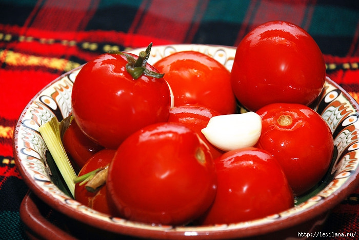 3925311_Kvashenie_pomidori (700x468, 219Kb)
