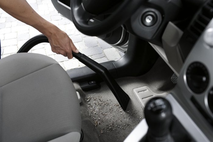 3925073_WD_car_vacuuming_tool_highres (700x466, 48Kb)