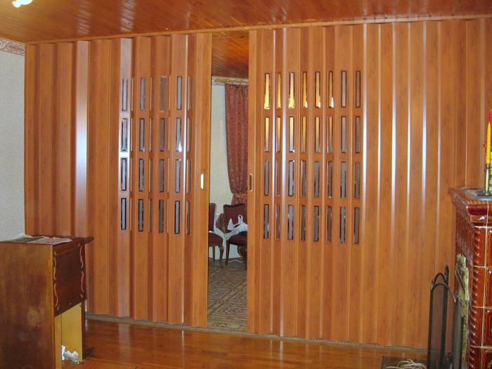 Декоративные-перегородки-в-интерьере-квартиры (700x525, 508Kb)