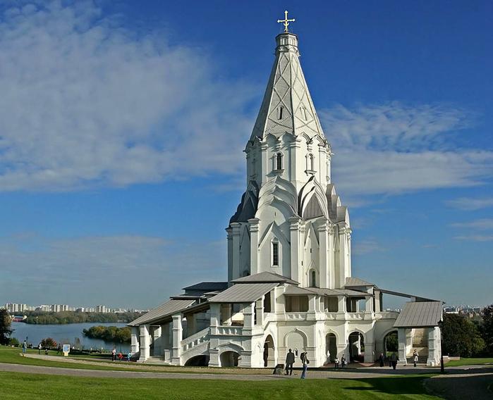 4. Церковь Вознесения в Коломенском (700x568, 309Kb)
