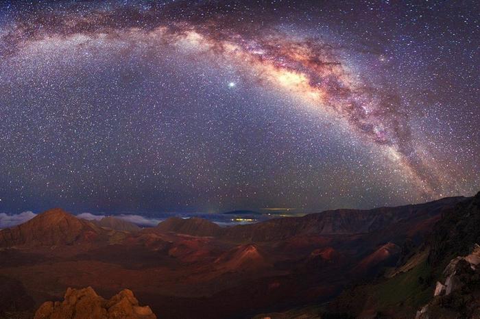 Млечный путь в ночном небе3 (700x466, 376Kb)