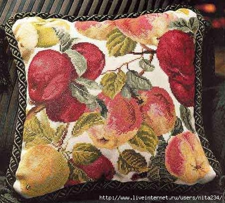 Orchard apples pillow (451x408, 185Kb)