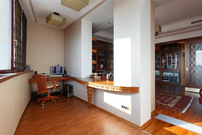 kabinet-na-balkone-10 (700x468, 338Kb)