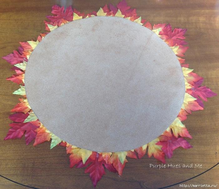 Декоративная салфетка из искусственных осенних листьев (12) (700x604, 353Kb)