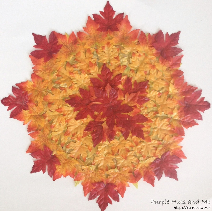 Декоративная салфетка из искусственных осенних листьев (14) (700x697, 373Kb)