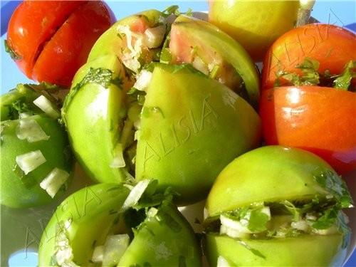 зелёные-фаршированные-помидоры-солёные (500x375, 186Kb)