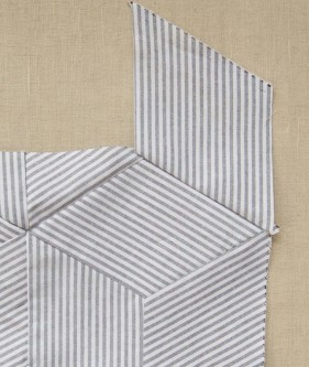 Striped-Tumbling-Blocks-Quilt-How-Tos-600-19-281x333 (281x333, 65Kb)