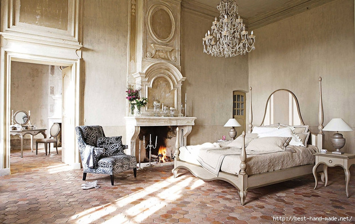 comfortable-antique-french-style-bedroom-design-with-fireplace (700x443, 261Kb)