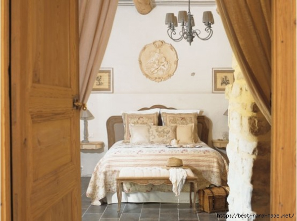 Luxury-Traditional-House-Bedroom-Interior-with-Classic-Style-in-French (600x447, 152Kb)