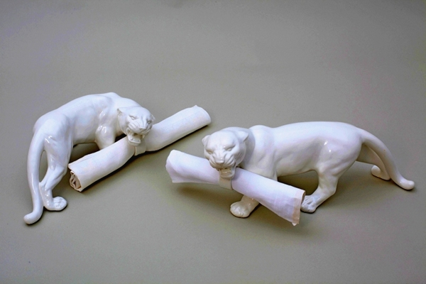 3925073_White_Animal_Tableware_01 (600x400, 136Kb)