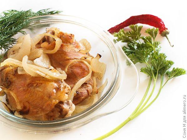 Рецепт: Нежные куриные бедрышки