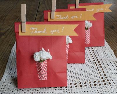 Открытки на подарочный пакет Вязаные кофточки для девочек спицами с описанием»