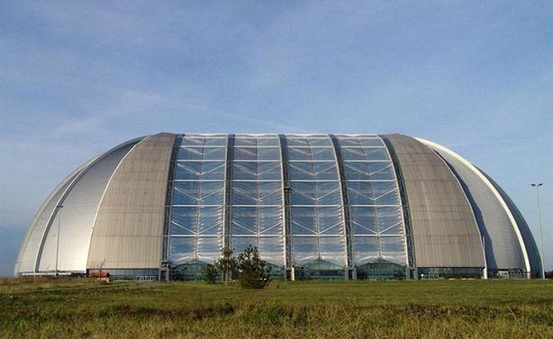 В Германии открыт крупнейший в мире крытый тропический курорт