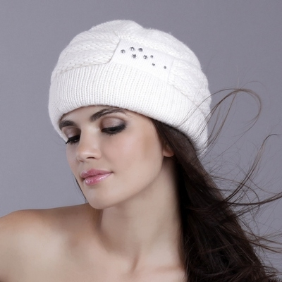 Схемы узоров для вязания шапок спицами.