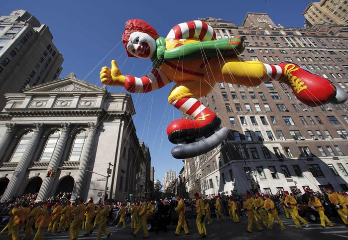 парад ко дню благодарения нью-йорк 9 (700x482, 119Kb)