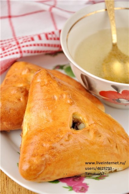 Эчпочмак (треугольные пироги с картошкой и мясом)7 (425x640, 72Kb)