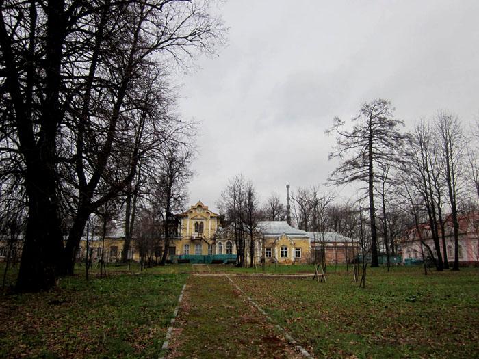10 Чернотроп усадьба Алтуфьево 2 (700x525, 158Kb)