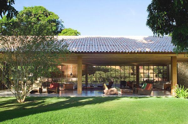 Дом в стиле минимализм Paraty House 1 (600x398, 66Kb)