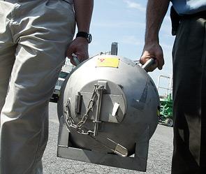 Великобритания - применение нейтронной бомбы в Афгане (295x249, 30Kb)