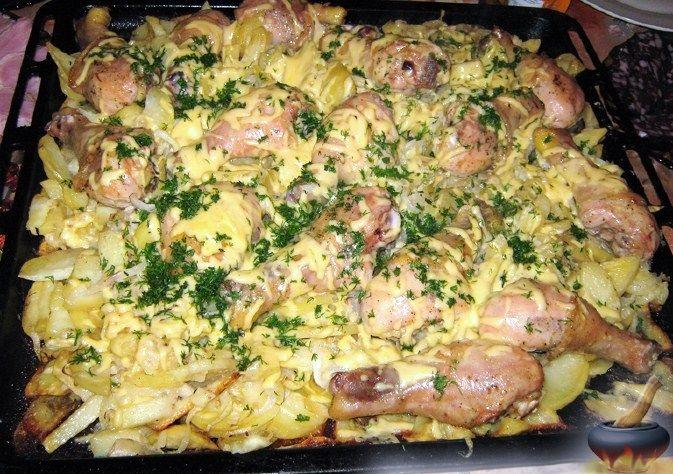 1 мама приготовила суп и салат и пожарила картошку