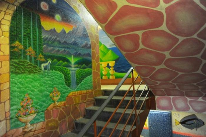 painted-apartment-bulding-1 (700x466, 121Kb)