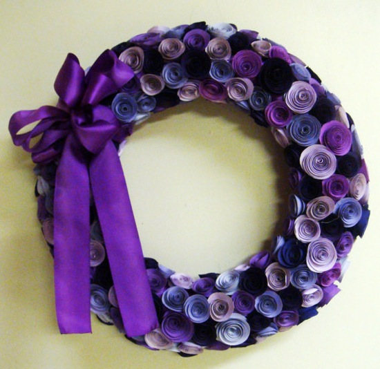 purple-rolled-paper-flowers-wreath (550x534, 91Kb)