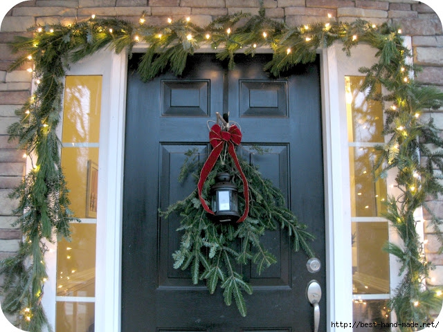 Front Door Decorated with Garland (640x480, 261Kb)