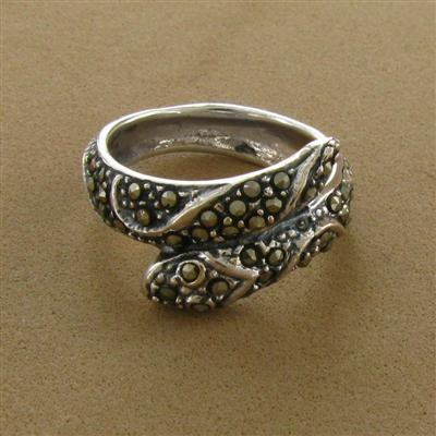 3997401_a-Marcasite-Snake-Bypass-Ring (400x400, 35Kb)