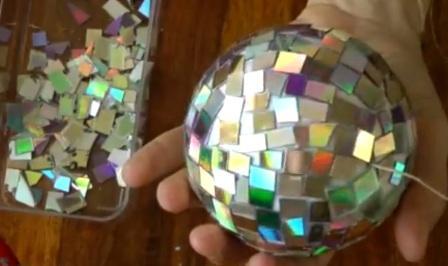 Как из дисков сделать зеркальный шар своими руками