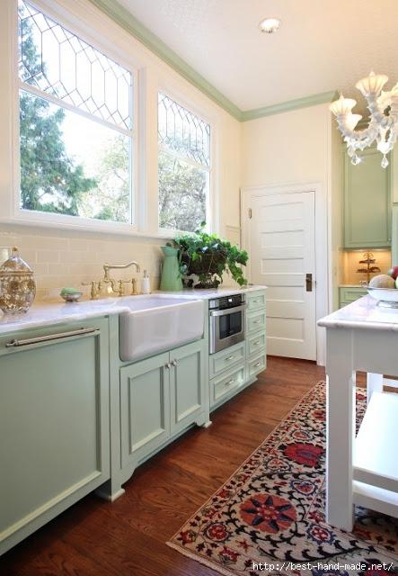 blue kitchen suzani rug garrisonhullinger via effortless (443x640, 189Kb)