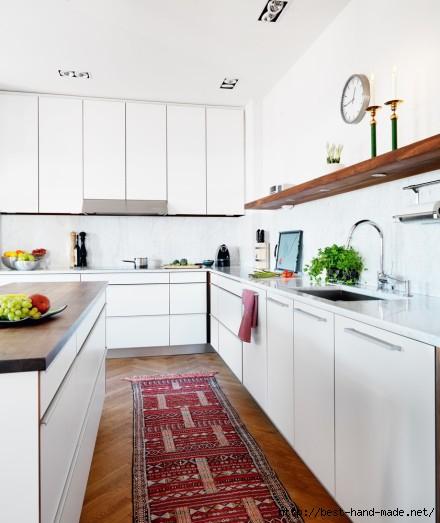 white kitchen with rug wood counter skona hem (440x523, 107Kb)